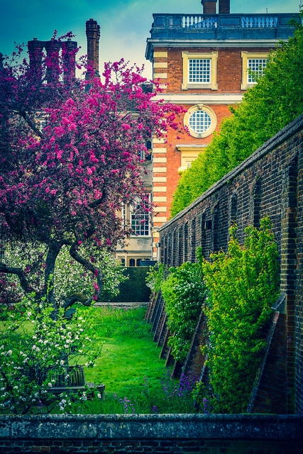 Hampton Court Palace, London ハンプトン・コート宮殿、ロンドン