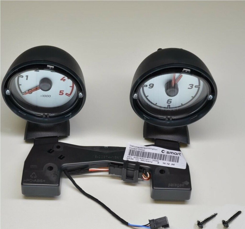 Smart Fortwo 451 dash pods rev. count and clock only for diesel