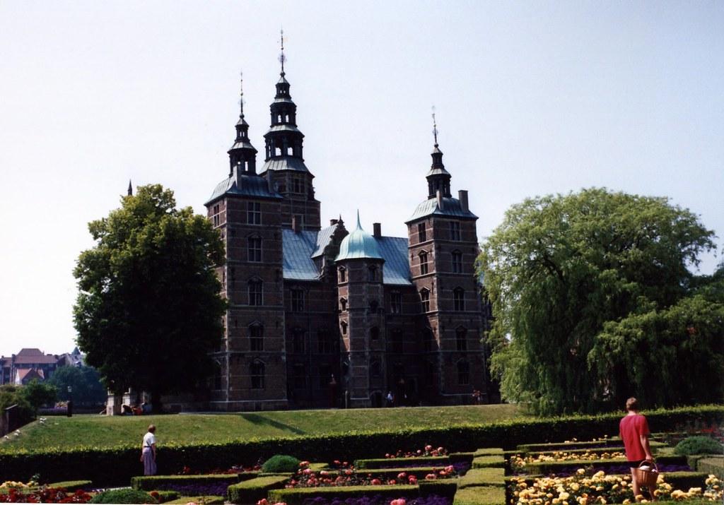 71194a2-rosenburg-castle-copenhagen-denmark_2381501032_o