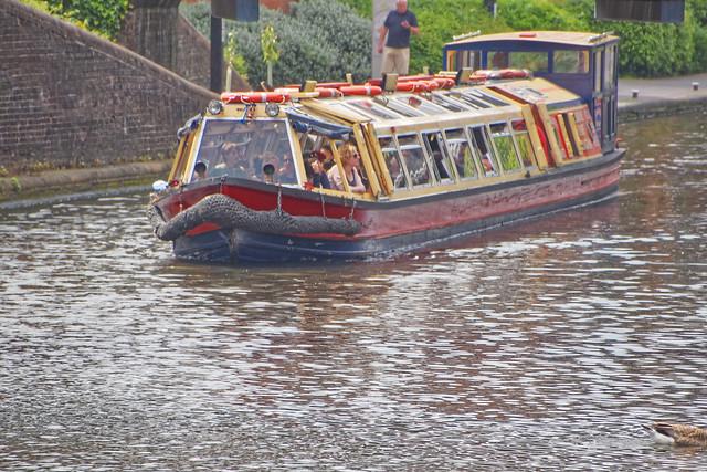 Narrow Boat (Barge)