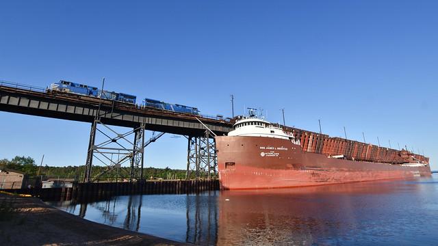 Rail and sail