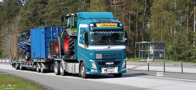 Volvo (S893) Henrikssons Kranbilar - Akka Frakt 104