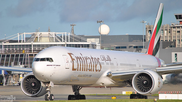 Emirates 🇦🇪️ Boeing 777-300 A6-EGL