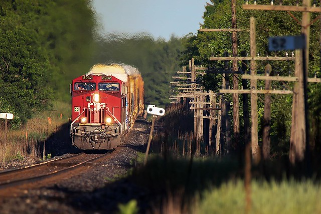 After a marvellous sunrise, CP 234 Rides the Humps east of Cambridge, Ont.