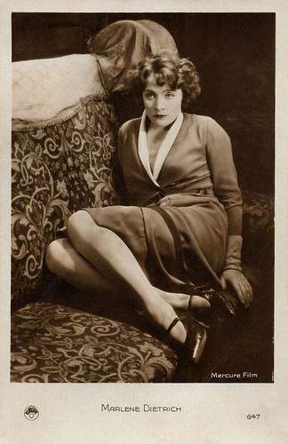 Marlene Dietrich in Die Frau, nach der man sich sehnt (1929)