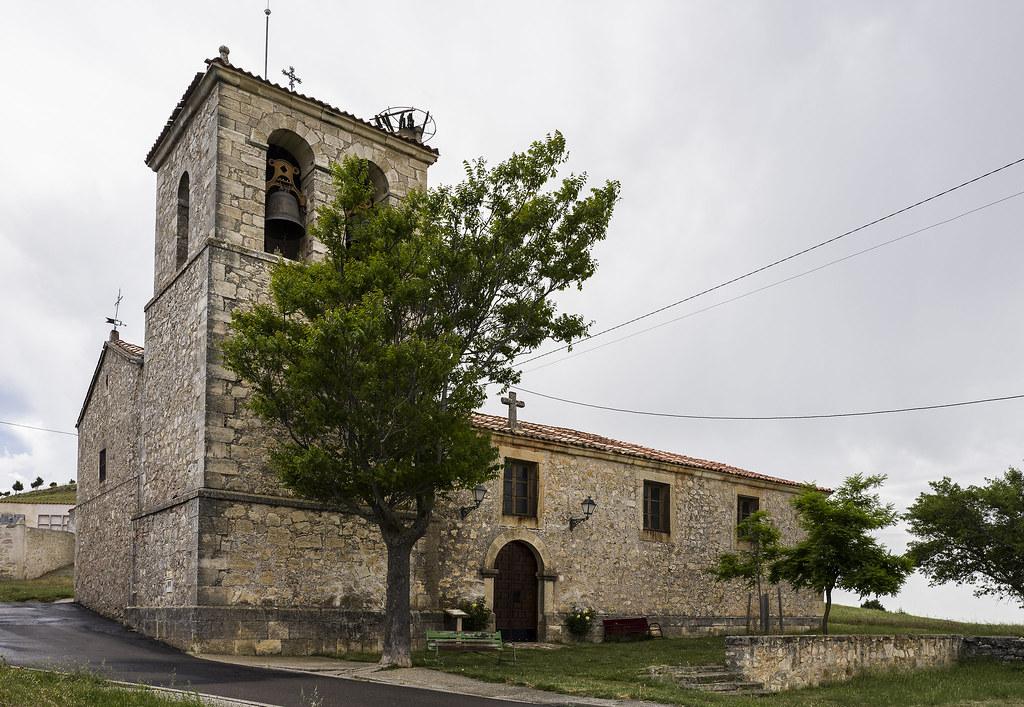 Valdevacas de Montejo, iglesia de San Cristobal.