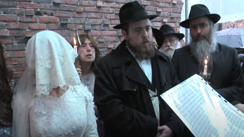 Enlace de Menachem y Chaya Schmukler