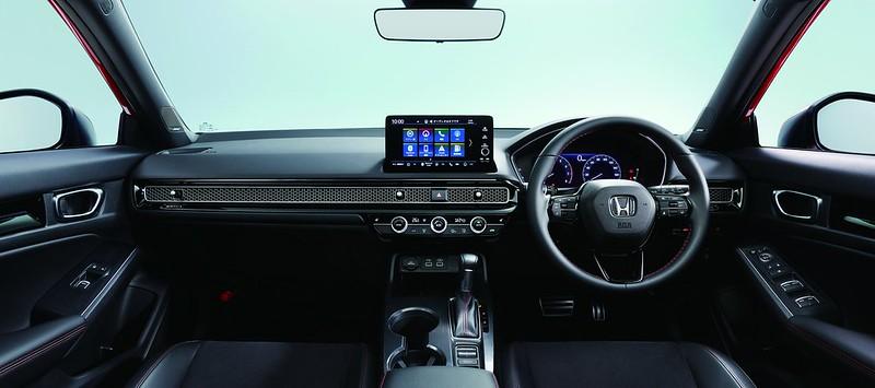 2022-Honda-Civic-Hatchback-13