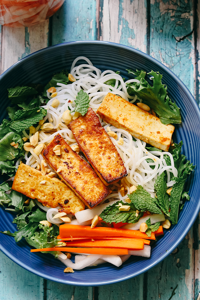 Rice Noodle Salad Bowls with Sriracha Tofu and Quick-Pickles