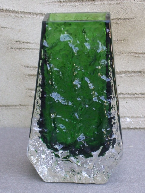 Vintage Whitefriars Meadow Green Coloured Textured Art Glass Coffin Vase Designed By Geoffrey Baxter Mid Century Modern