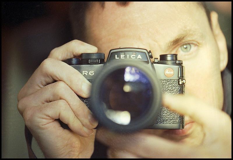 Leica R6 Selfie (80-200mm f4)