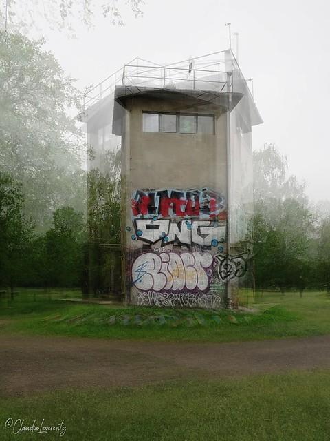 Berlin - Puschkinallee - Wachturm Schlesischer Busch