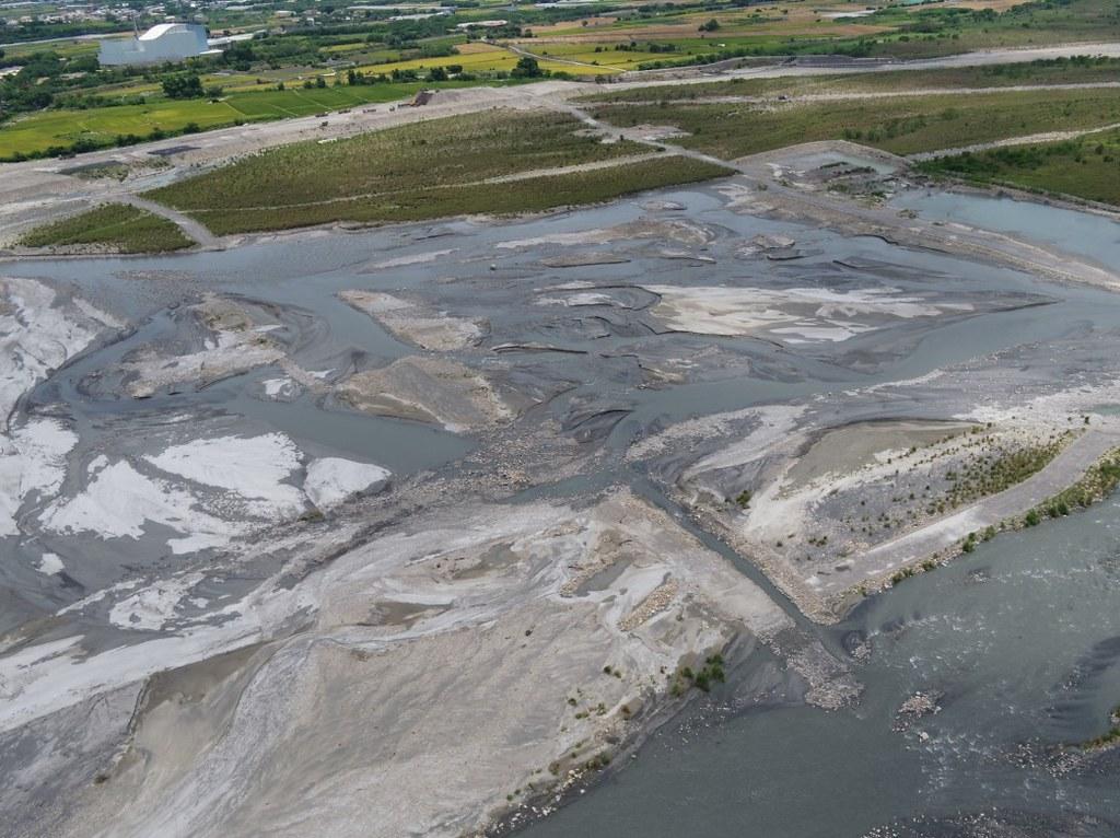 濁水溪河槽地下水補注工作推動場址水覆蓋現況。照片來源:水利署