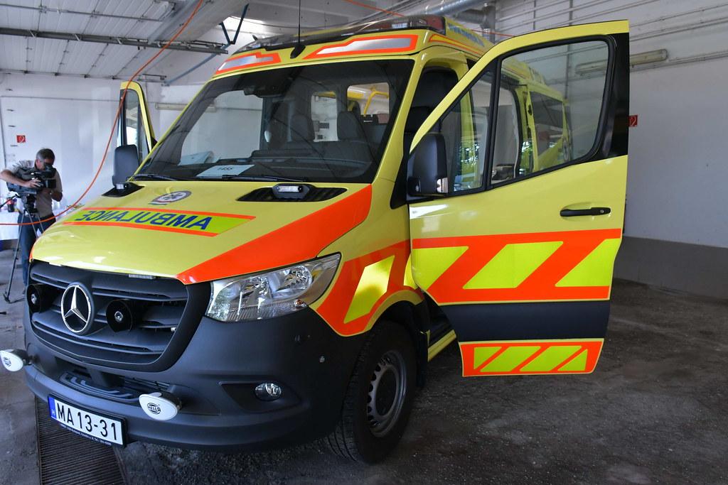 Új mentőautók érkeztek Szolnokra