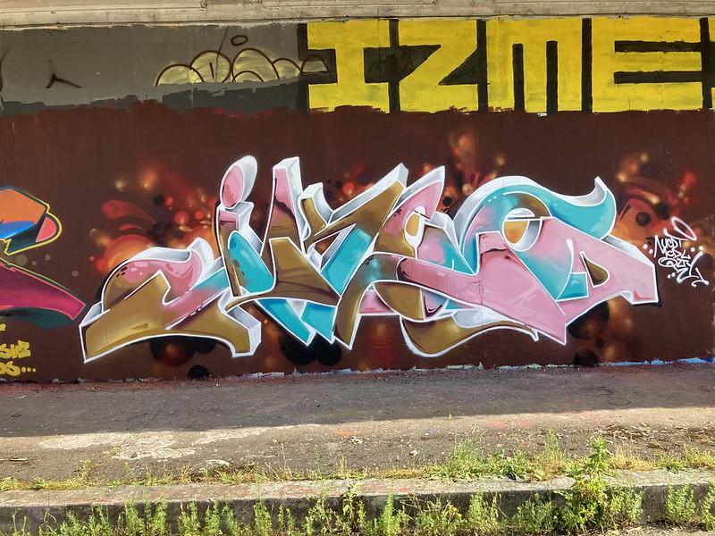 IMG-2081