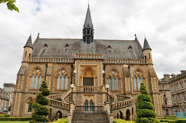 Dundee (18)