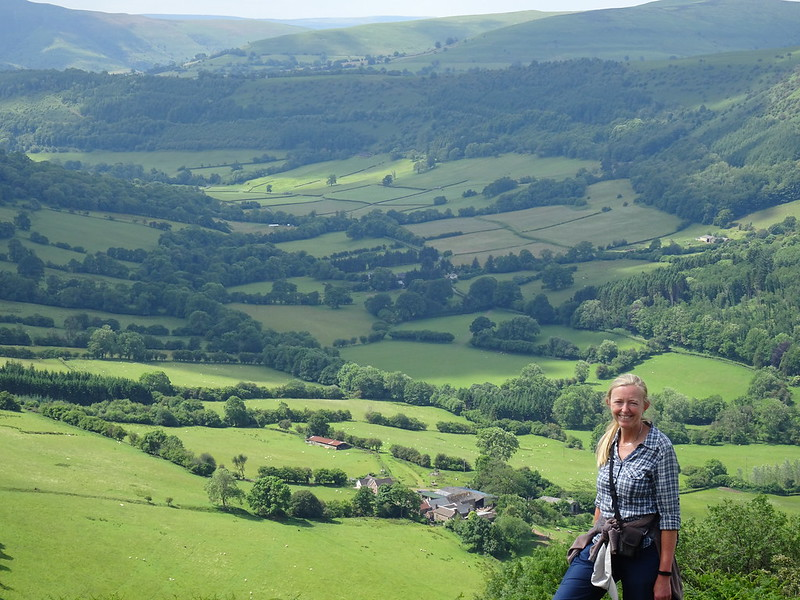 Llanthony Priory & Hatterrall Ridge circular walk: me and the Vale of Ewyas