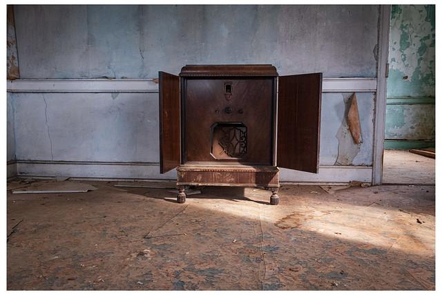 Abandoned Farm House - Radio