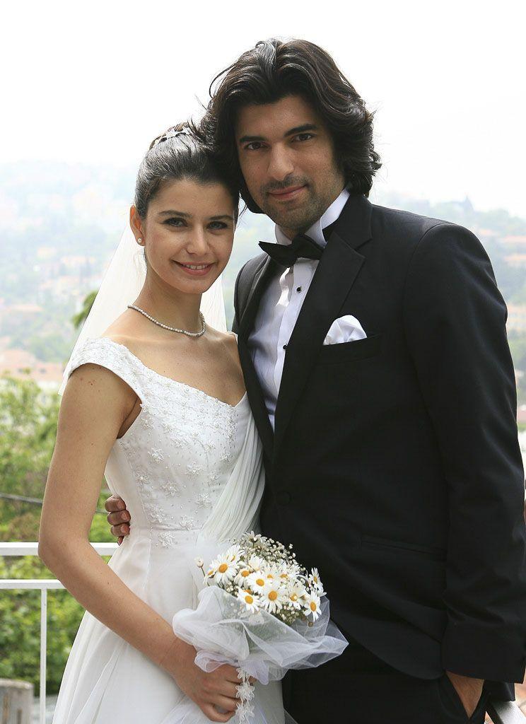 SEQ Ilustración \* ARABIC 1. Beren Saat y Engin Akyürek, protagonistas de Fatmagül / Imagen: Pinterest
