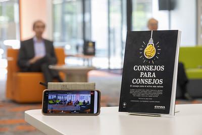 Presentación del libro Consejos para Consejos