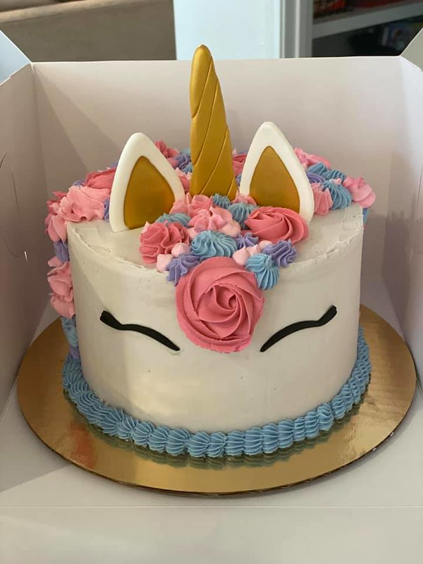 Cake by Callie's Confections