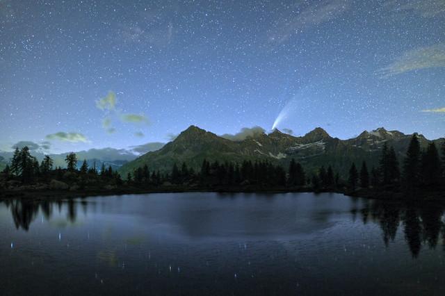 Cometa Neowise: Emanuele Balboni. Parco Nazionale del Gran Paradiso.