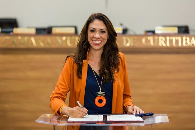 Indiara Barbosa (Novo)