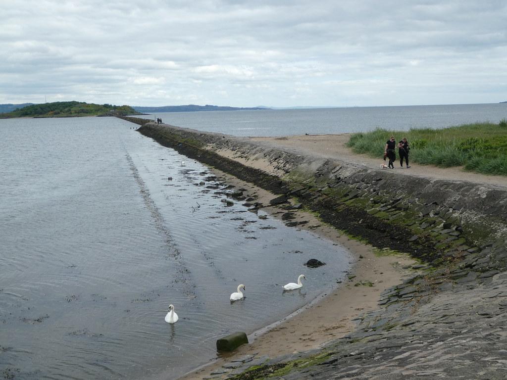 The path leading to Cramond Island causeway