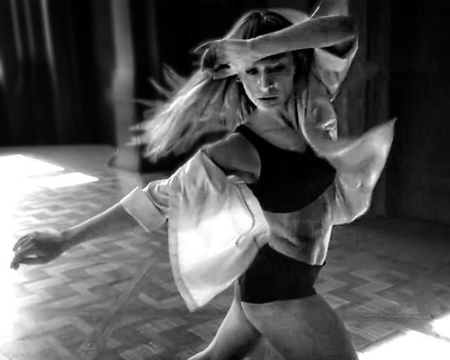 Dance ¬ 0843