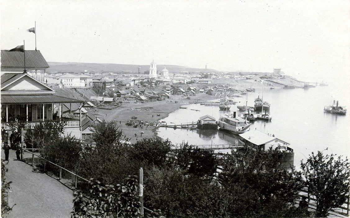 Вид с бульвара на набережную Камышина