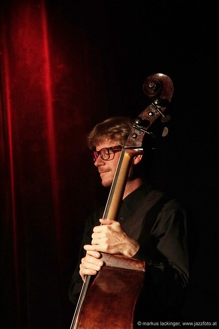 Gernot Haslauer: Bass