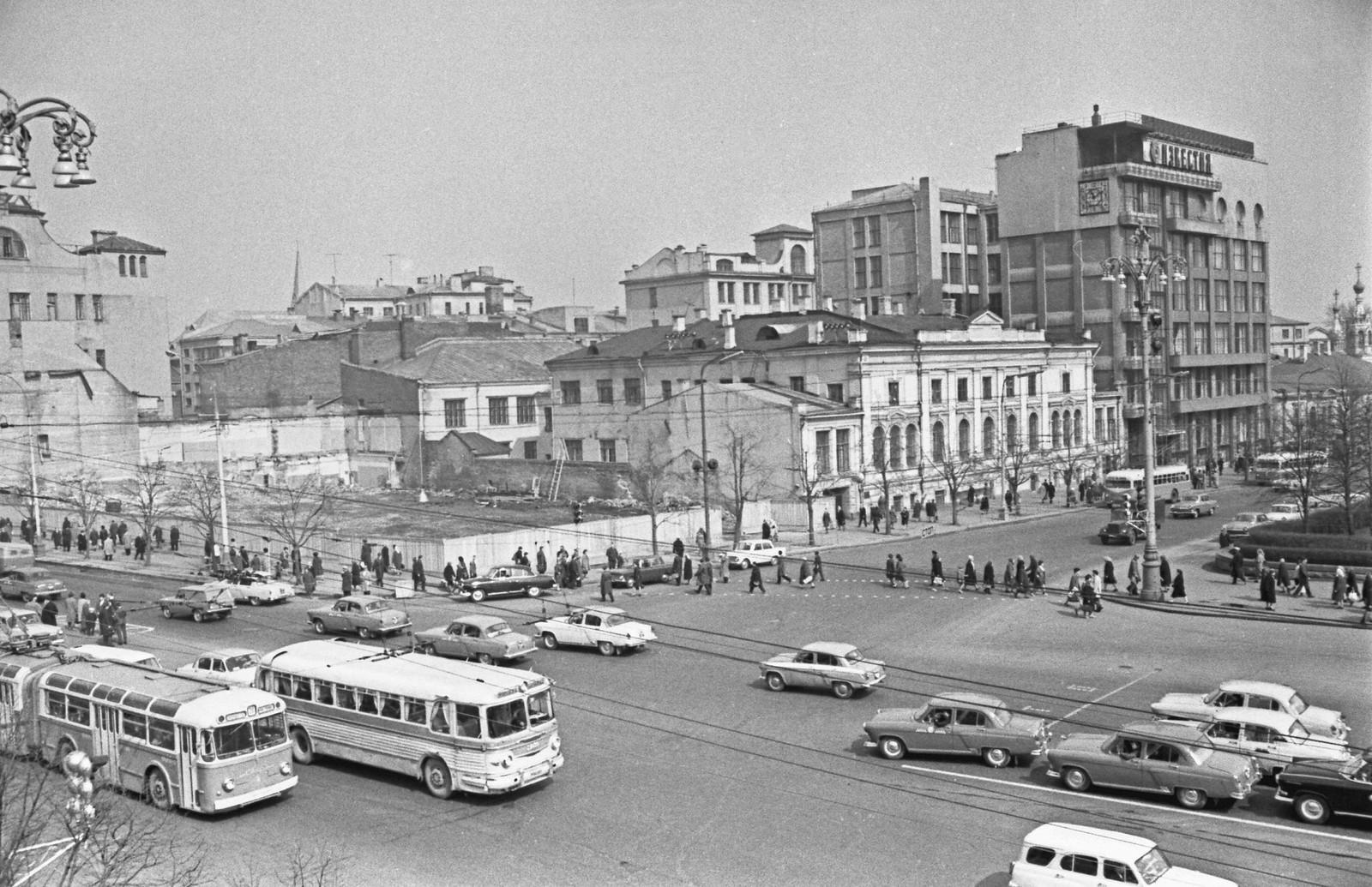 1967. Пушкинская площадь, строительство нового здания «Известий»