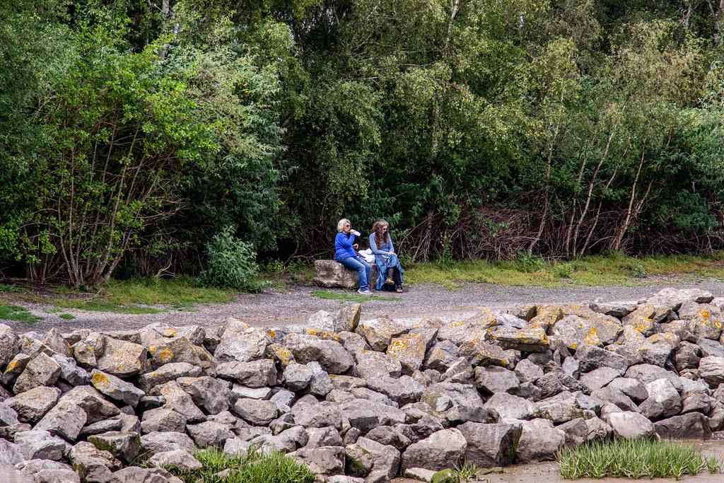 2021 - 06 - 24 - EOS 600D - Taking a Break - Wales Coast Path - Dee Estuary - Flintshire - 000