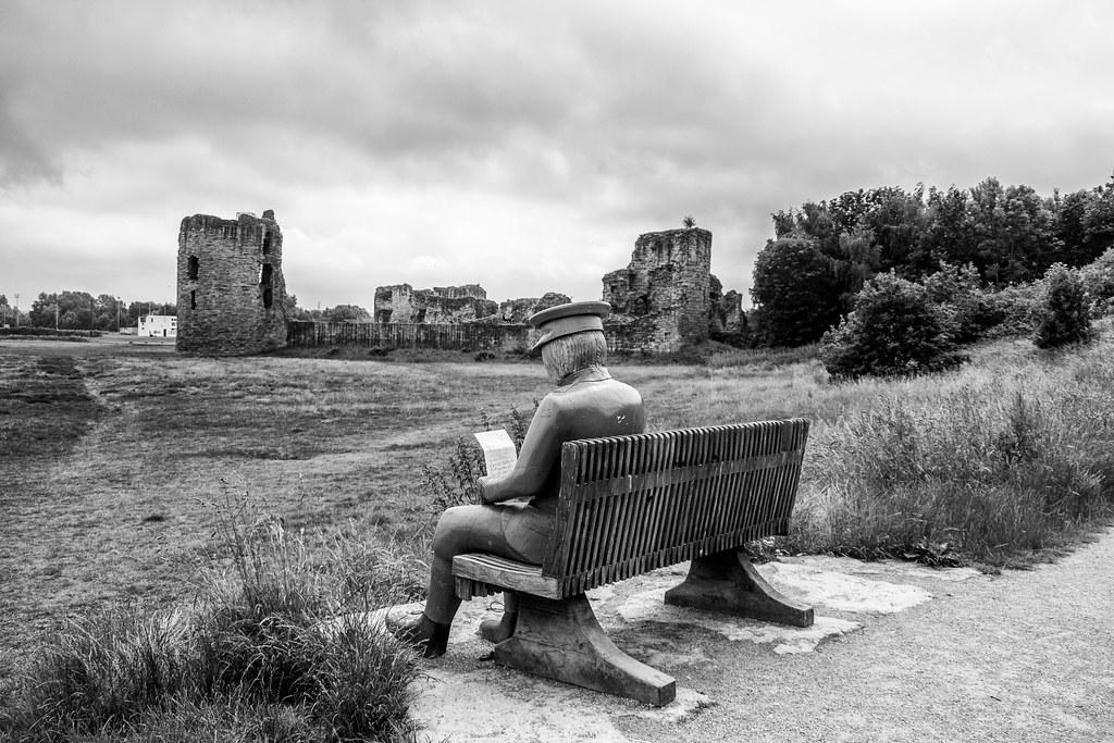 2021 - 06 - 24 - EOS 600D - Letters from Home - WW1 Soldier - Wooden Sculpture - Wales Coast Path - Dee Estuary - Flintshire - 1005