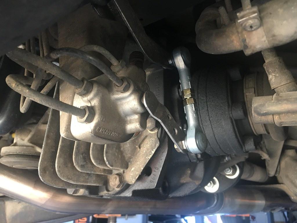 reinstalling W126 self-leveling rear suspension