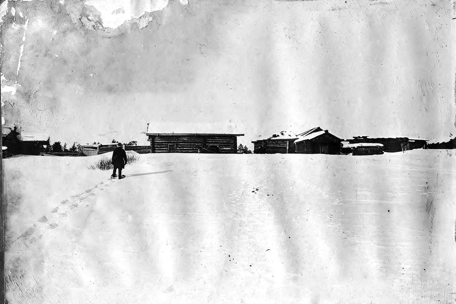 Промысловая изба в деревне Ярки Енисейского уезда