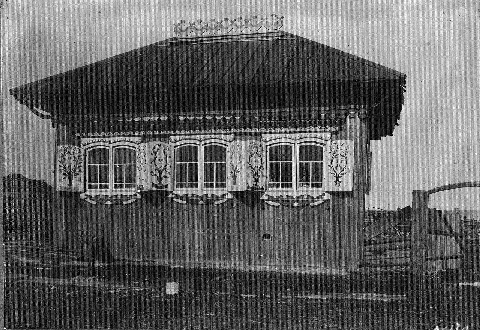 Изба в деревне Выдриной Канского уезда