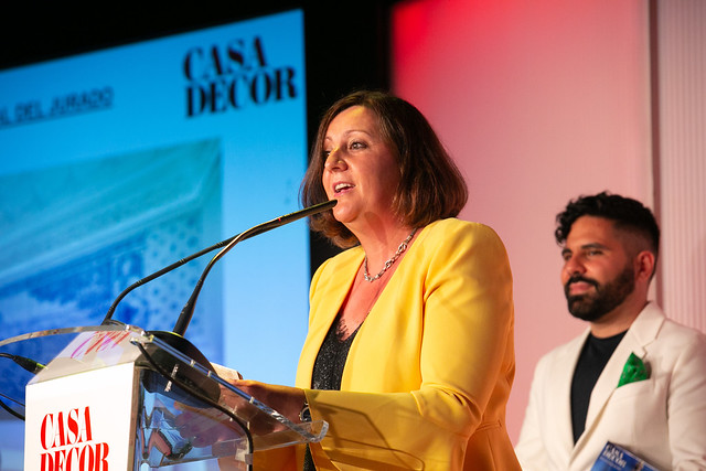La consejera de Economía asiste a la entrega de los IX Premios de Casa Decor 2021