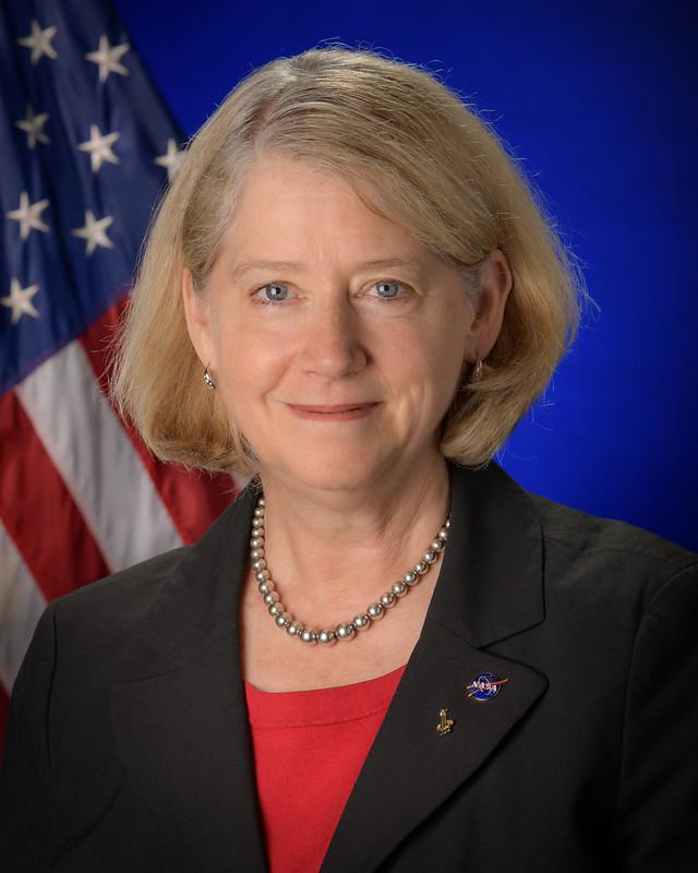NASA Deputy Administrator Pam Melroy Official Portrait (NHQ202106250001)