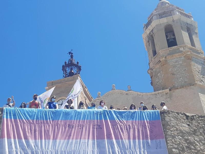 Sitges recibe una delegación LGTBIQ + para apoyar la Ley trans