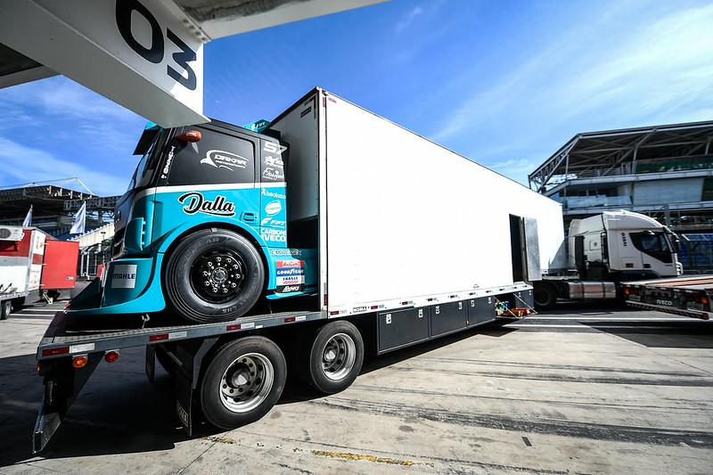 24/06/21 - Montagem dos boxes da Copa Truck em Interlagos - Fotos: Duda Bairros