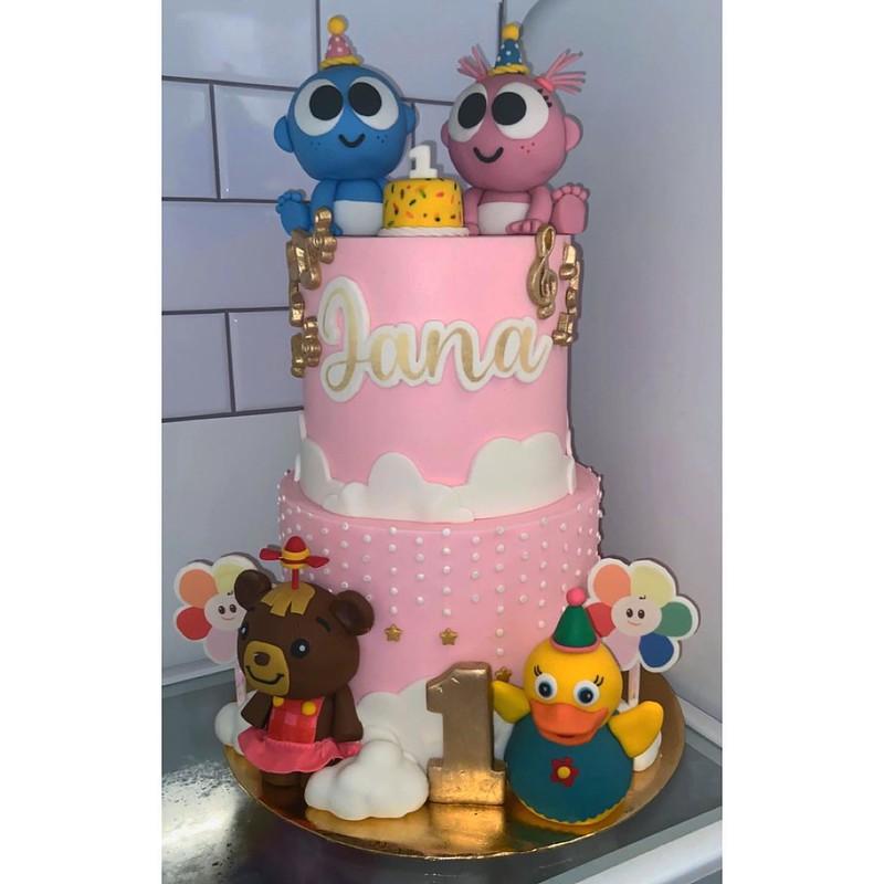 Cake by Polished Treats