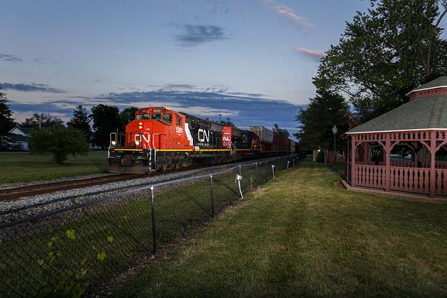 CN L514 - Gaines, Michigan
