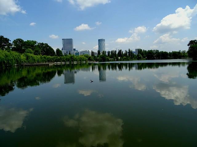 Lake /Reflection