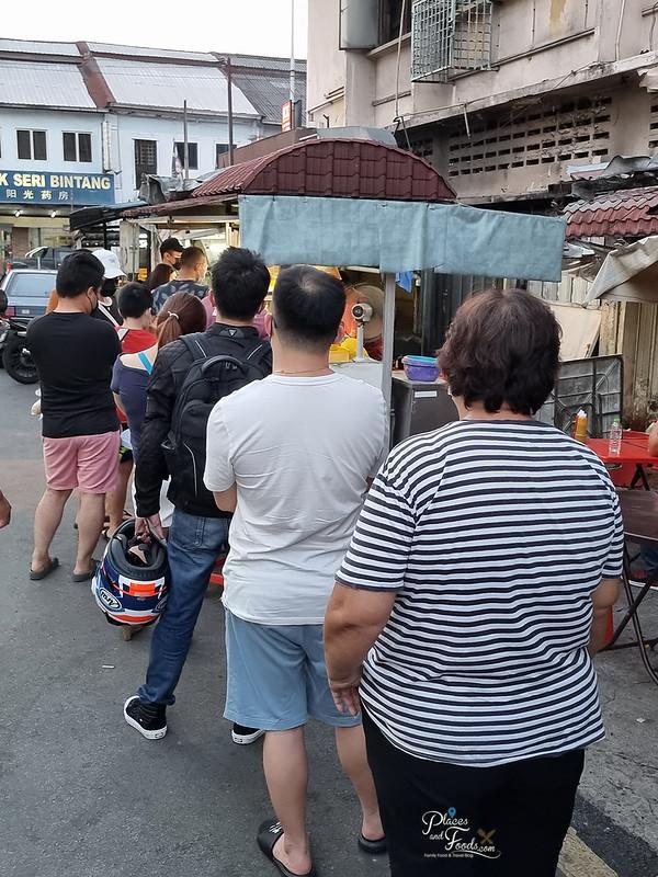 pudu winners fried chicken long queue