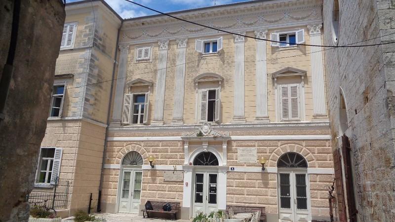 020-сабор Истрии (бывш францисканский монастырь)