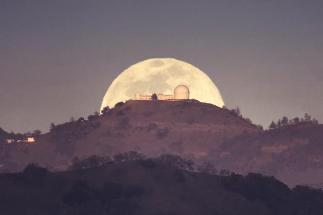 Moonrise over Lick Observatory [Explore 2021-06-27 #25]