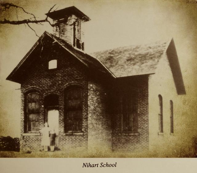 Nihart School, District 7