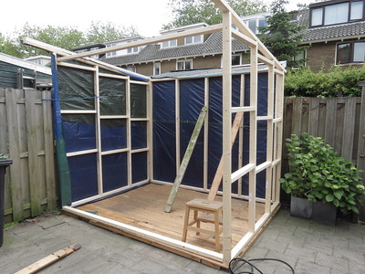 The shed start to take shape