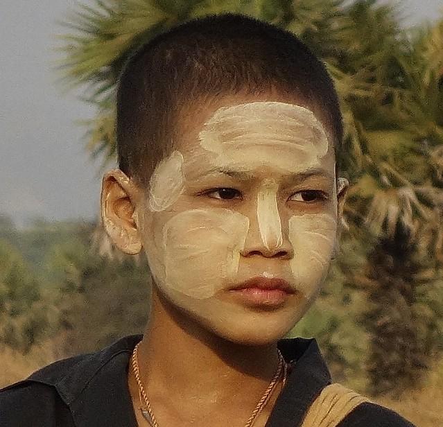MYANMAR ,Burma - Old-Bagan, Am Ende der Ballonfahrt, Wir werden bereits erwartet, Kinder ,  78374/13793